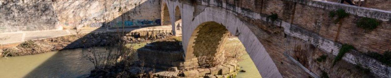 Tiber Island briddge